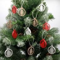 Fa karácsonyfadísz 12db-os szett fenyők piros-fehér-natúr