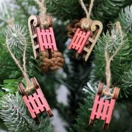 Fa karácsonyfadísz 4db szánkó