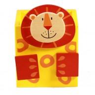 Színes, fa ceruzatartó-oroszlán