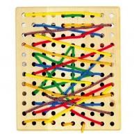 Legler fűzőcskés készségfejlesztő játék - lyukacsos falap többféle fűzővel 4610