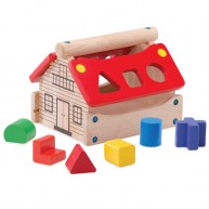 Formakeresős házikó fából piros tetővel 6db formával 6211