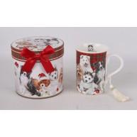 Karácsonyi ajándékbögre kutyás, díszdobozban kutyákkal mintázva 183289
