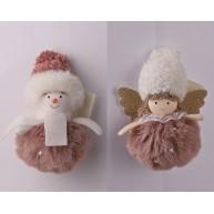 Karácsonyi dekorációs figura mályva plüss ruhában akasztható- anygalka v. hóember