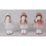 Kislány kalapban és tülszoknyában 16 cm